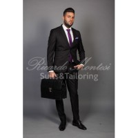 Costum  negru doua slituri laterale business